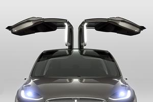Кроссовер Tesla Motors появится в сентябре