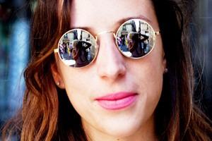 Пестрые рубашки и темные очки: Посетители фестиваля Sonar 2012