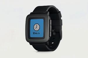 Новые часы Pebble побили на Kickstarter рекорд первой модели
