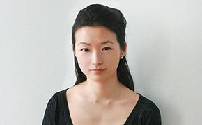 Гардероб: Мила Ли, директор по международным связям Volvo Fashion Week