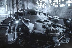 Зак Снайдер показал детальную фотографию нового Бэтмобиля