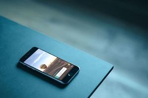 Twitter выпустил приложение для прямых видеотрансляций