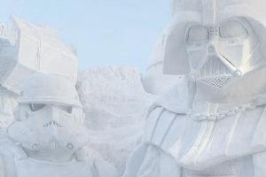В Японии построили огромного Дарта Вейдера из снега