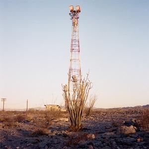 Заброшенные телефонные башни в горах и пустынях