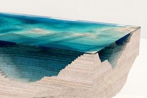 Мебельная студия создала «топографический» стол с рельефом морского дна