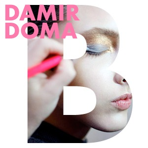 Репортаж: Сияющая кожа и туфли металлик на бэкстейдже Damir Doma