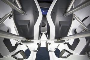 SpaceX показала интерьер Crew Dragon