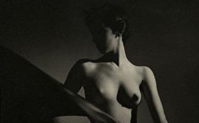 Части тела: Обнаженные женщины на винтажных фотографиях