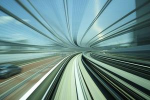 Видеохудожник представил, как выглядит Токио на скорости 500 м/с