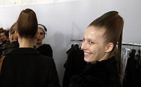 Paris Fashion Week: два бэкстейджа