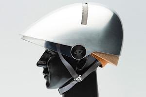 Дизайнер Филипп Старк создал экологичный шлем для велосипедистов