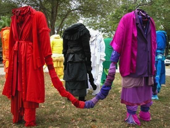 Изображение 12. Recycling Clothing Art.. Изображение № 12.