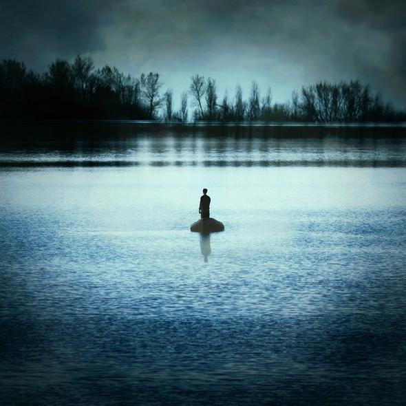 Потусторонний мир в фотографиях Julie de Waroquier. Изображение № 24.