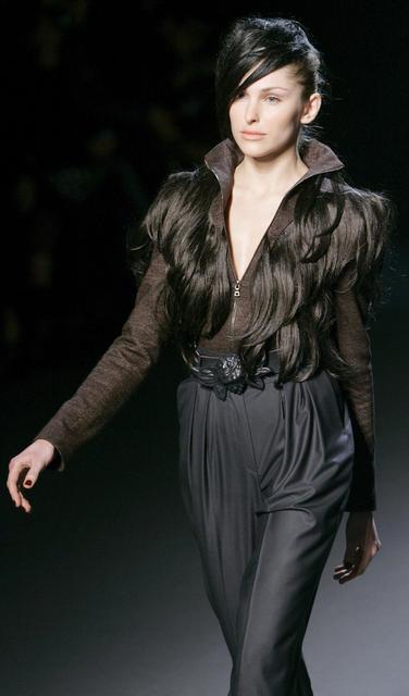 Alena Akhmadullina AutumnWinter 2009–2010. Изображение № 11.