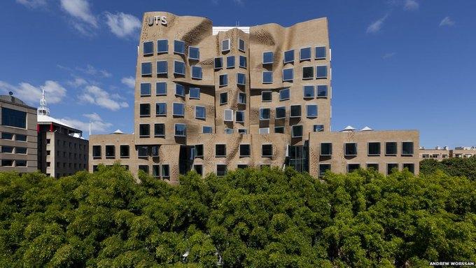 В Сиднее открыли здание авторства Фрэнка Гери. Изображение № 1.