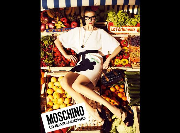 Кампании: Moschino Cheap And Chic и Love Moschino. Изображение № 2.