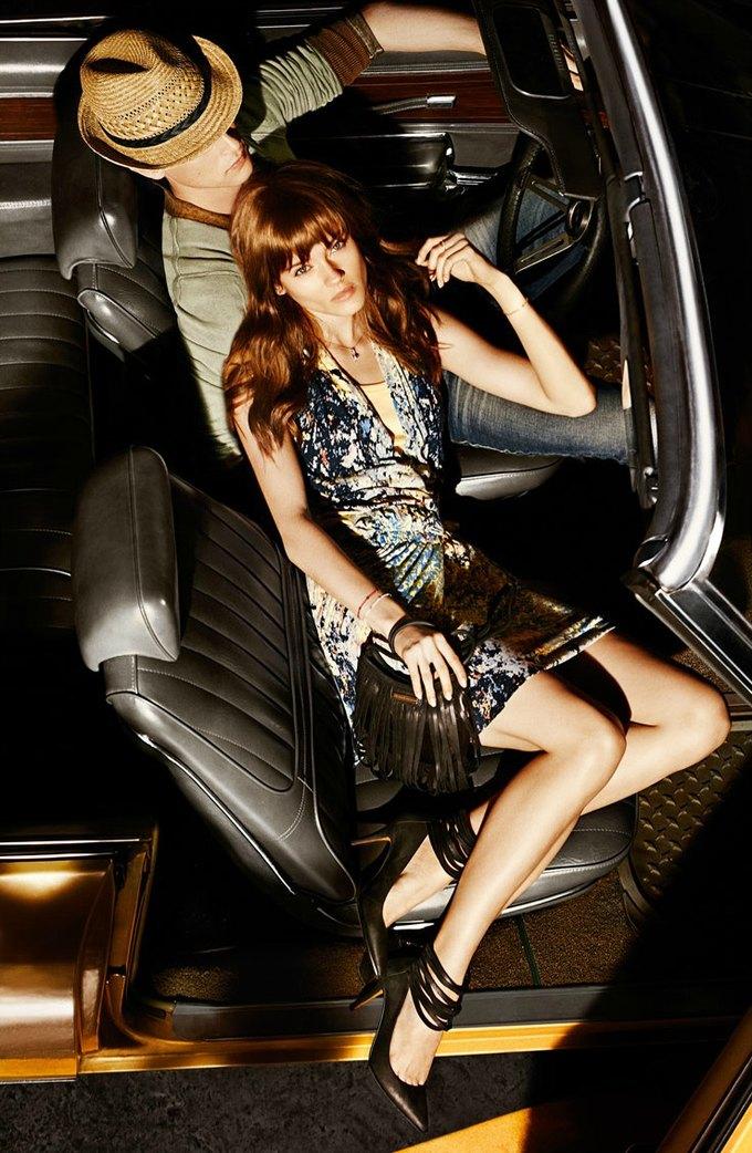 Alberta Ferretti, DKNY и Moschino показали новые кампании. Изображение № 13.