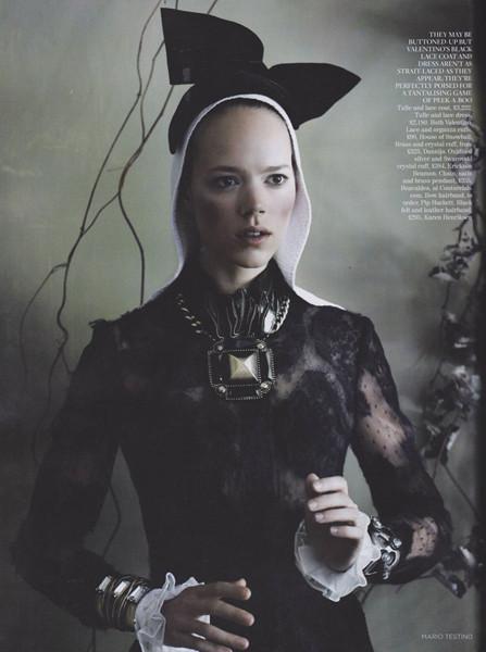 Фрея Беха Эриксен для британского Vogue, сентябрь 2011. Изображение № 63.
