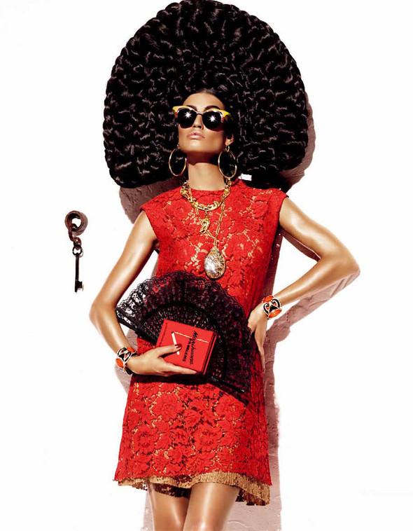 Съёмка: Бьянка Балти для Vogue. Изображение № 11.