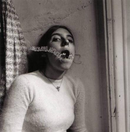 Автопортрет Франчески Вудман. Изображение № 5.