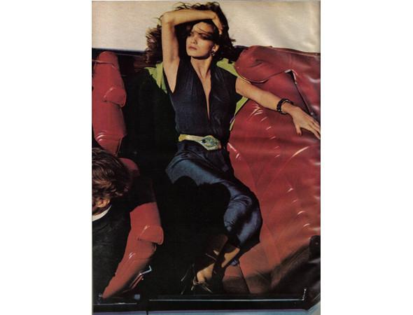 Джиа в американском Vogue, февраль 1979. Изображение № 22.