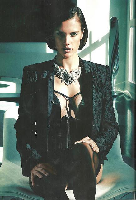 Съёмка: Алессандра Амбросио для Vogue. Изображение № 8.