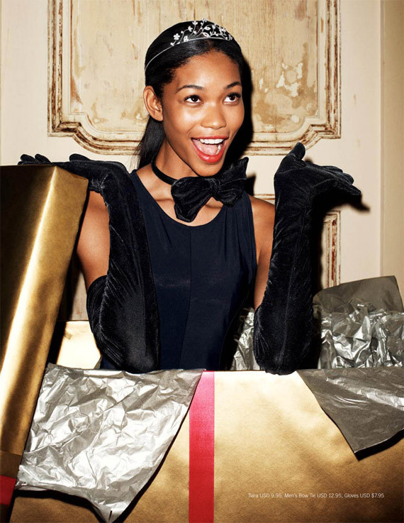 Сорока-воровка: лукбук новогодних украшений H&M. Изображение № 7.