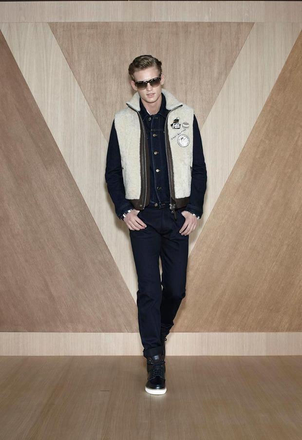 Мужские лукбуки Alexander McQueen, Comme des Garcons, Louis Vuitton и Club Monaco. Изображение № 54.