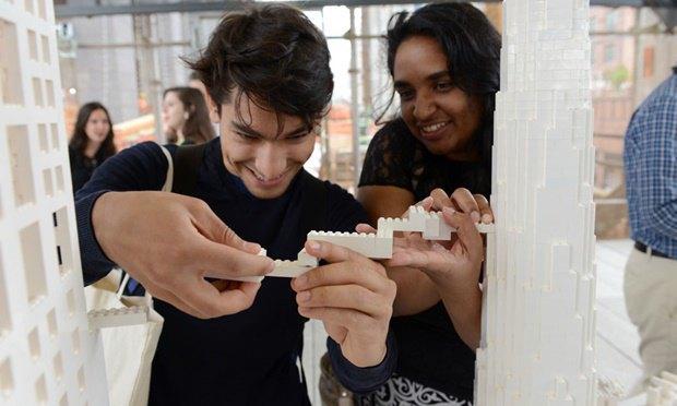 10 архитектурных бюро собрали модели зданий из белого LEGO. Изображение № 3.