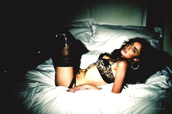 Съёмка: Николь Тренфио для LoveCat. Изображение № 9.