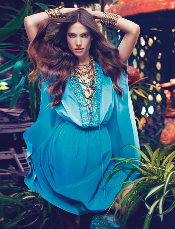Кампания: Джессика Миллер для Blugirl SS 2012. Изображение № 7.
