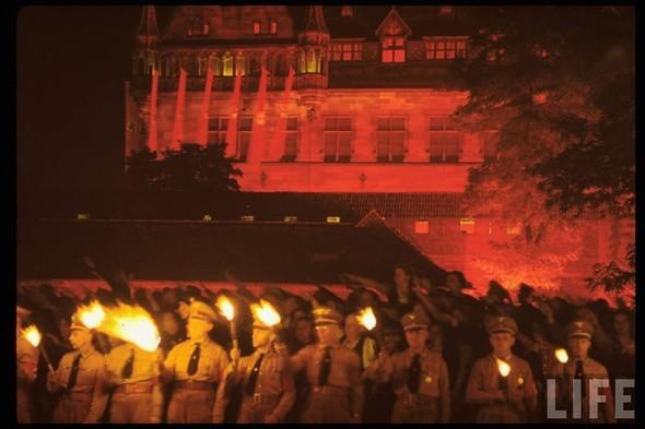 100 цветных фотографий третьего рейха. Изображение №21.