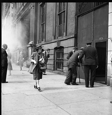 Жизнь в забвении: Фотографы, которые прославились после смерти. Изображение №196.