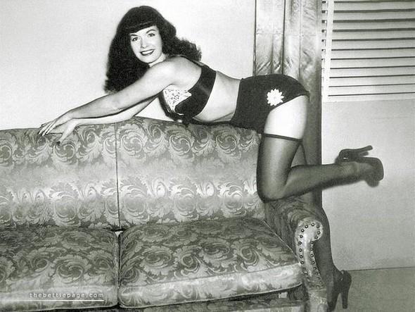 Изображение 9. Bettie MaePage.. Изображение № 10.