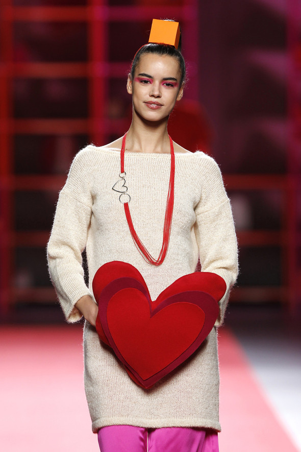 Madrid Fashion Week A/W 2012: Agatha Ruiz de la Prada. Изображение № 14.