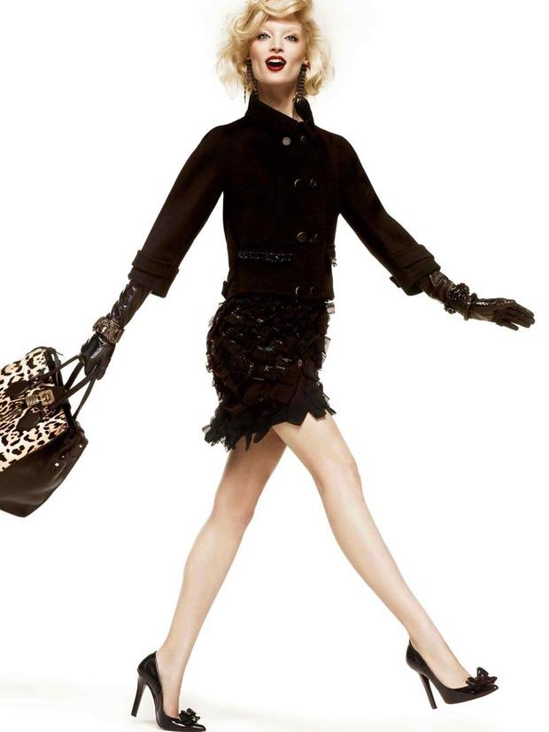 Вышли новые лукбуки Joie, Roberto Cavalli, Juicy Couture и других марок. Изображение № 194.