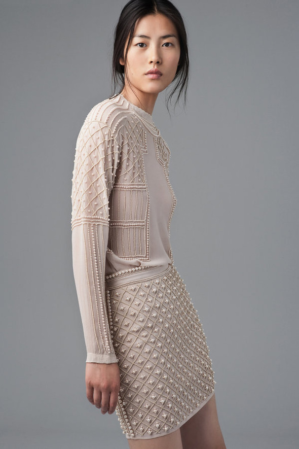 Лукбуки: H&M, Zara, Urban Outfitters и другие. Изображение №149.