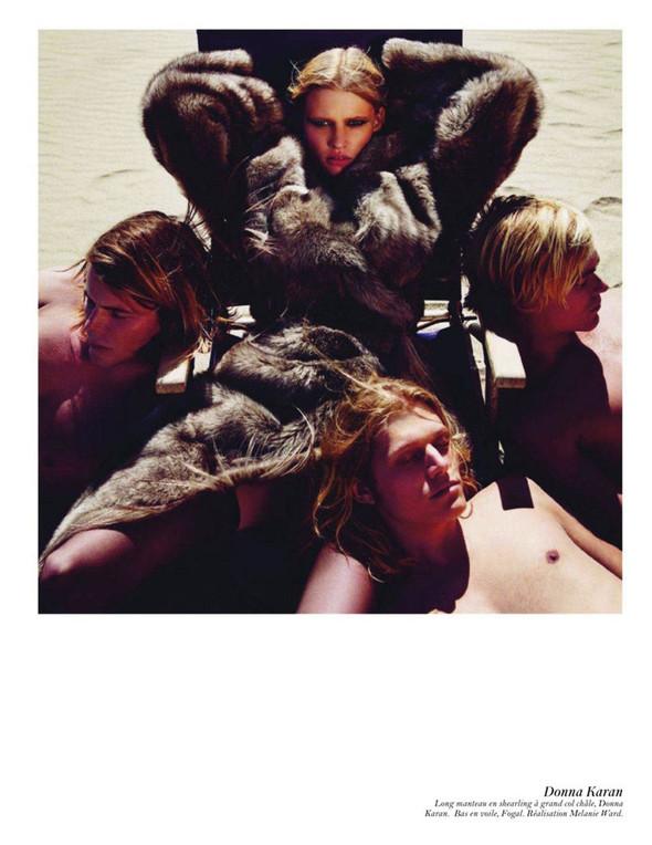 Съёмка: Аризона Мьюз, Лара Стоун, Наташа Поли и другие модели во французском Vogue. Изображение № 20.