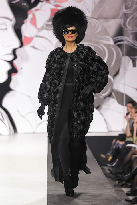 """Коллекция """"La Femme Magnifique"""" Модного Дома Игоря Гуляева. Изображение № 25."""
