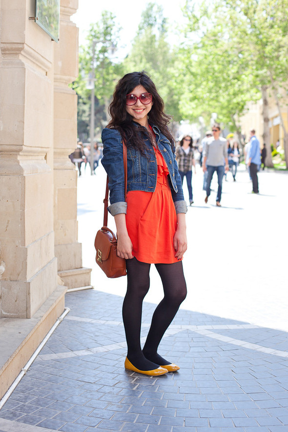 Baku Street Fashion | Spring 2012. Изображение № 14.