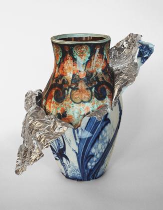 Лошадь-лампа, ходячий стол, шоколадная ваза. Изображение № 28.