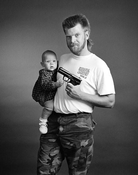 Америка - нация оружия. Фотографии Зеда Нельсона. Изображение № 2.