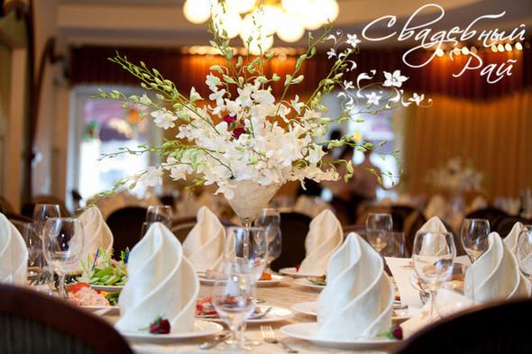 Цвет свадебного дня или праздник длиною в жизнь. Изображение № 19.