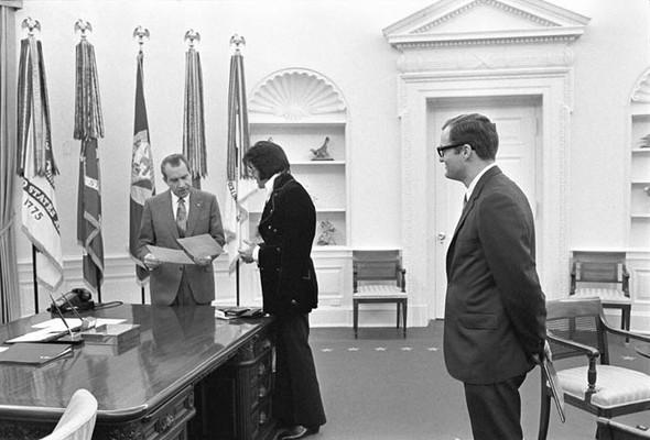 Элвис Пресли vsРичард Никсон. Историческая встреча. Изображение № 6.