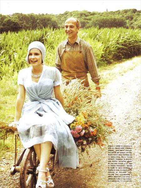 Эмма Уотсон (итальянский Vogue, сентябрь 2008). Изображение № 4.