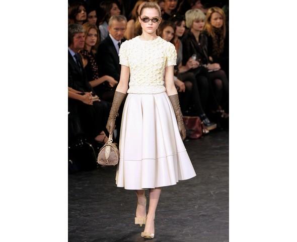 Можно все: Модели на показе Louis Vuitton. Изображение № 18.