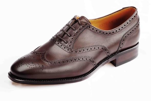 Классическая обувь для женщин: оксфорды, броги, лоуферы. Изображение № 4.