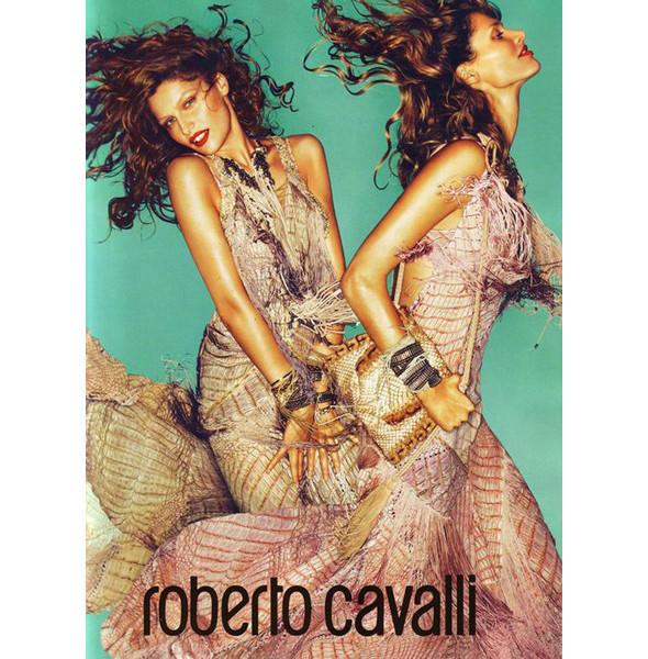 Изображение 7. Превью кампаний: Burberry, Chanel, Gucci и другие.. Изображение № 10.