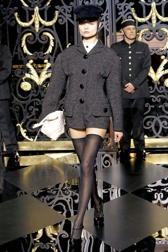 Изображение 3. Louis Vuitton Fall 2011.. Изображение № 3.