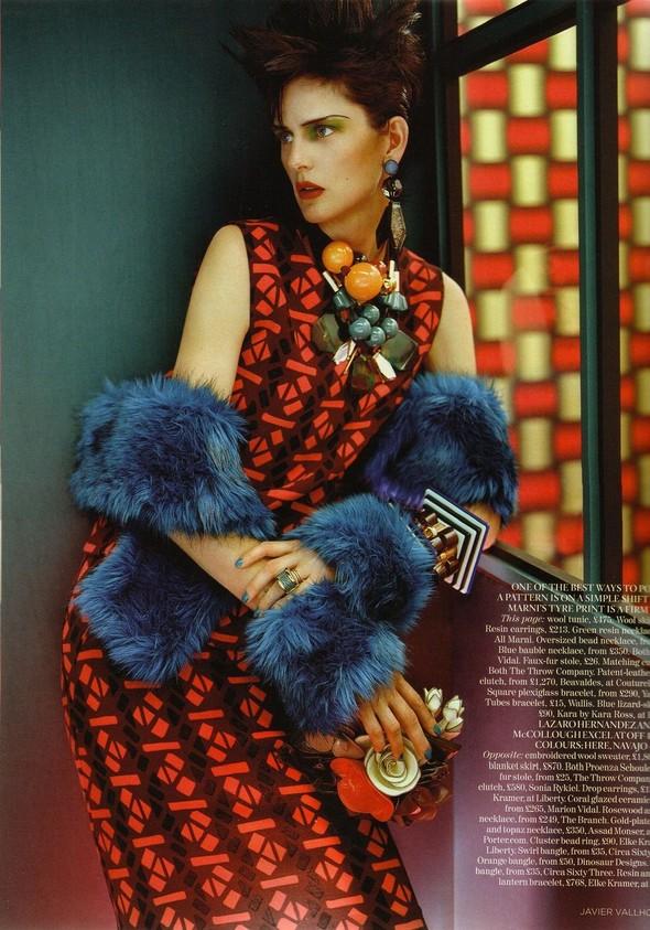 Съёмка: Стелла Теннант для британского Vogue. Изображение № 5.